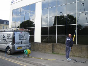 Residential window cleaning, Bath - tall extension