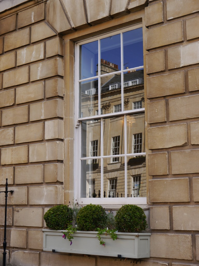 Residential window cleaning, Bath